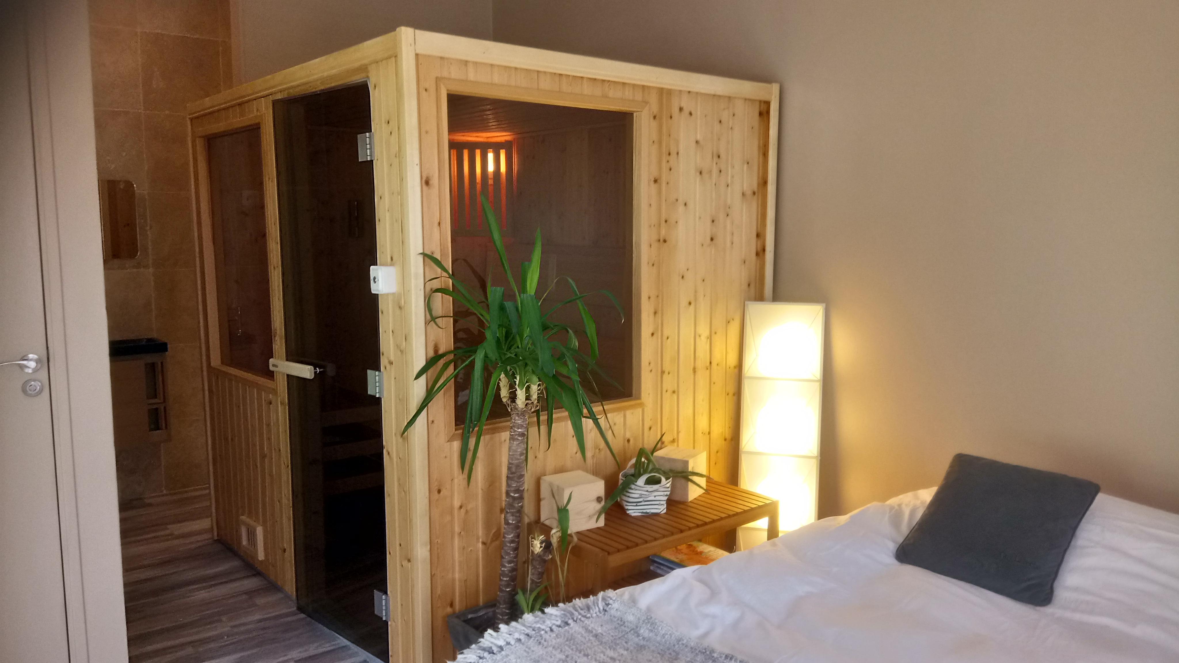 chambre-et-sauna-la-riviera